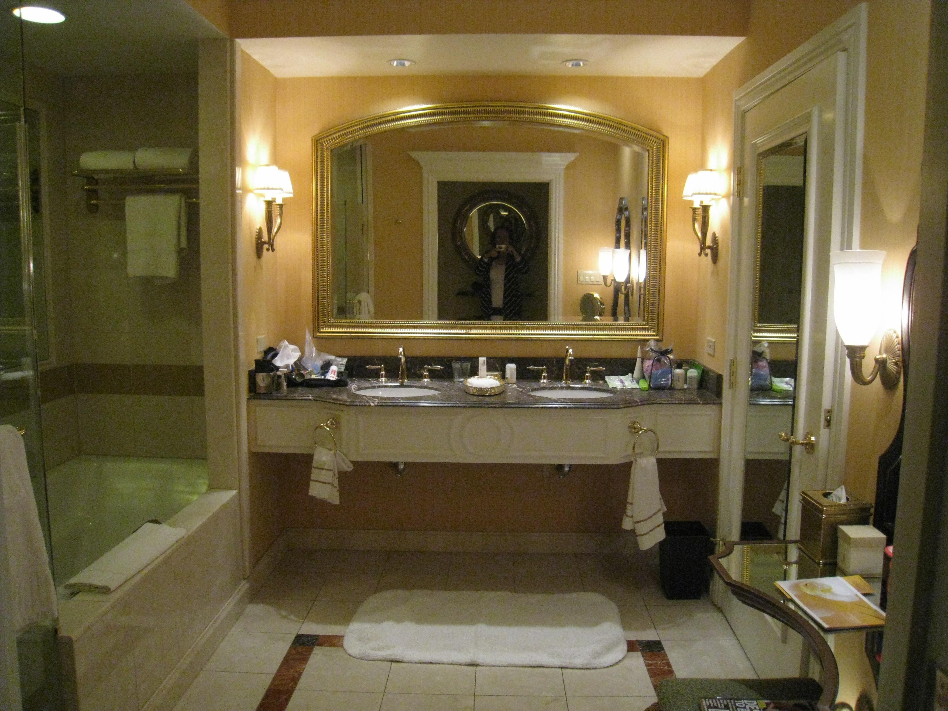 Hotel crashing the venetian las vegas poe communications for Bath remodel las vegas