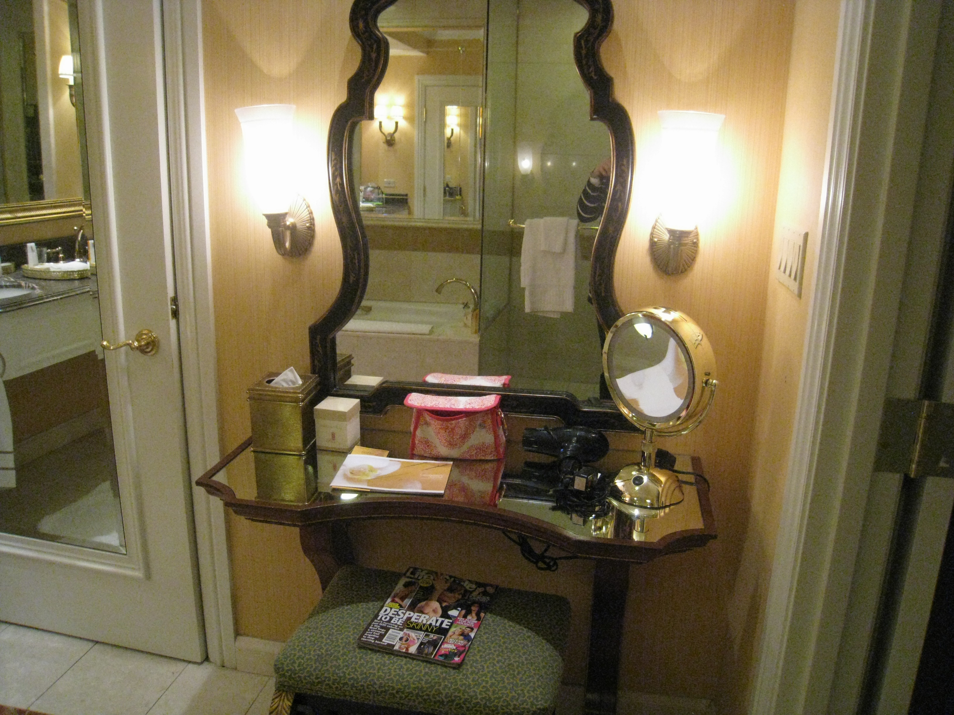 Mirror Lights Bedroom Makeup Mirror With Lights Makeup Vanity Table With Lighted Mirror
